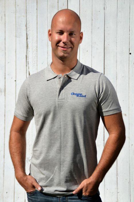 Klassisches graues Herren-Poloshirt von Ostseekind
