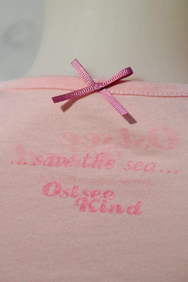 Süßes rosa Mädchen-Shirt mit Seepferdchen-Print von Ostseekind